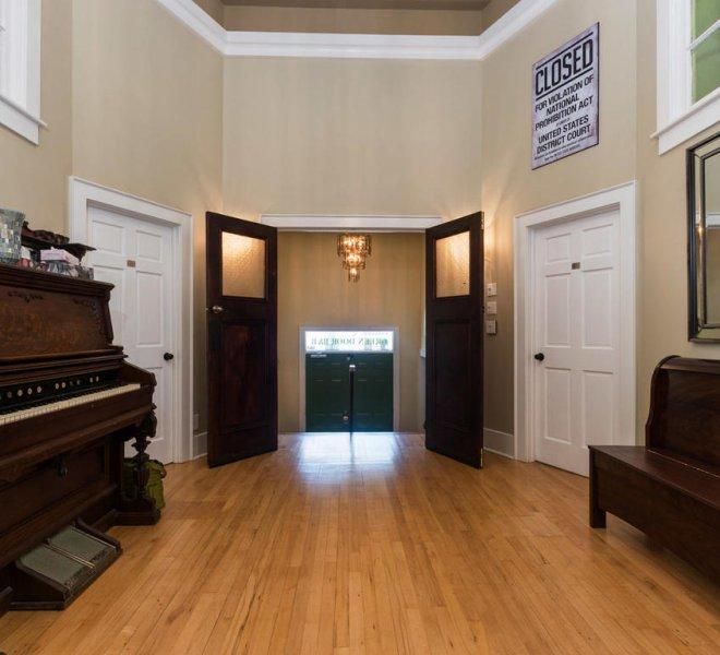61 Buell St-006-6-z033green door-MLS_Size